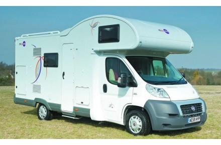 Innovative  Campers Offer A Wide Range Of Modern 26 Berth Campervans And Motorhomes To Hire From Their Depots Across The UK &amp Ireland For A Campervan Holiday In The South East Of England, Choose Their London Gatwick Depot Conveniently